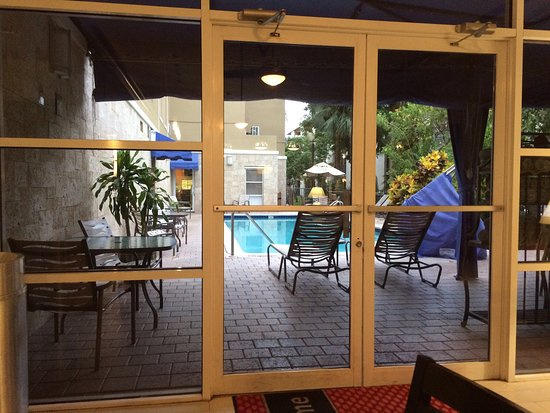 Hampton Inn & Suites Ft. Lauderdale Airport/South Cruise Port: Home away from home....