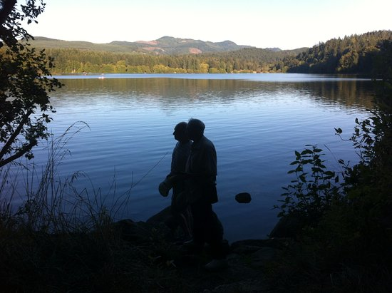 Lake Padden Park: Sundown time