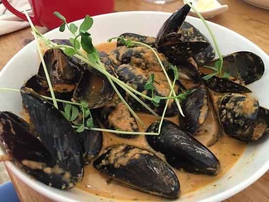 Halfmoon Bay, Kanada: Mussels to die for