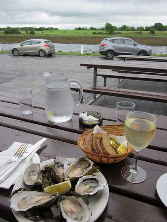 Kilcolgan, Irland: World's best oysters??? So far for sure....