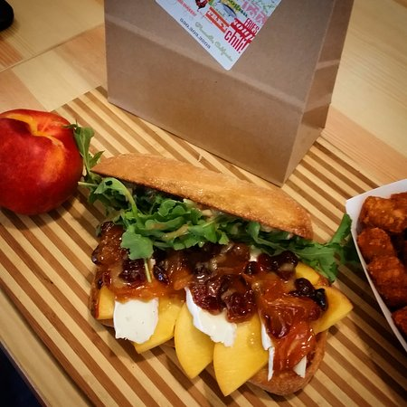 Placerville, CA: Nectarine and Brie