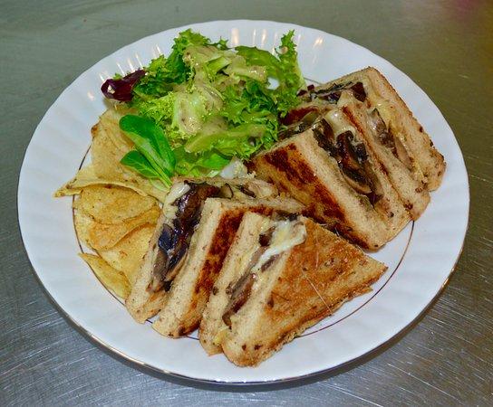 Bootle, UK: Griddle cheese & mushroom toasty