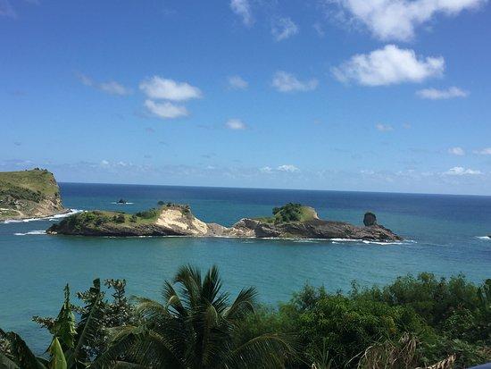 Bay Gardens Beach Resort: View of island
