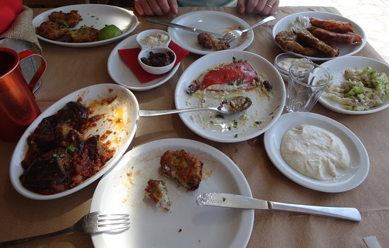 Piso Livadi, Yunani: Mezze