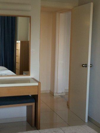 Brilliant Hotel Apartments: photo0.jpg