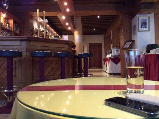 Hotel Salzburgerhof: photo0.jpg