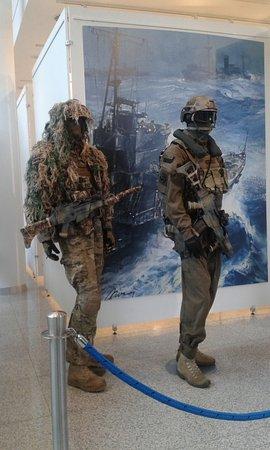 Muzeum Marynarki Wojennej: Marynarze?