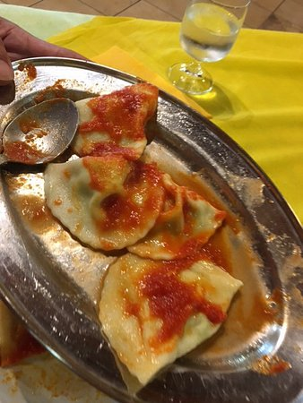 Uta, Włochy: Huisgemaakte ravioli
