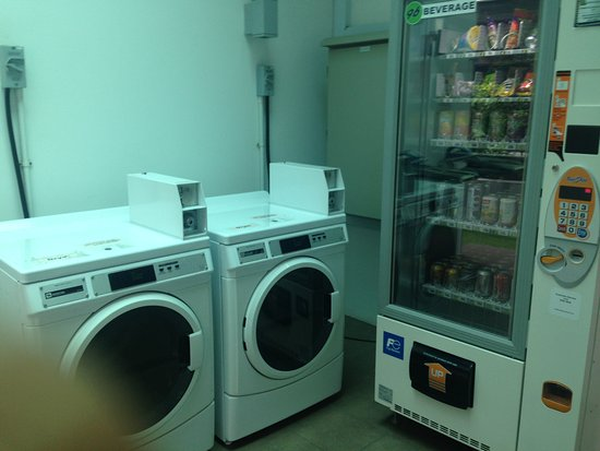 Self Service Laundry ~ Gym picture of holiday inn express singapore orchard