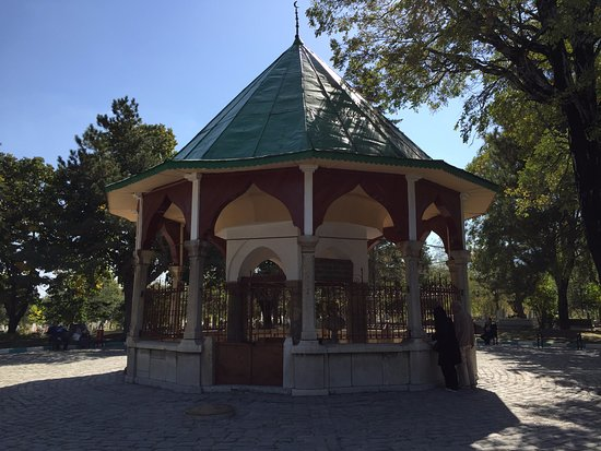 Nasreddin Hoca Turbesi