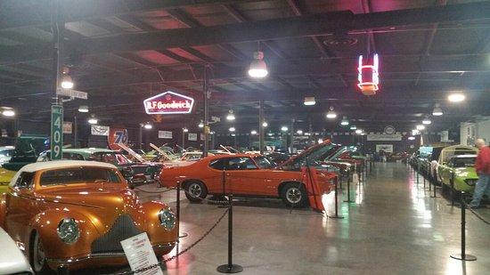 Floyd Garrett's Muscle Car Museum