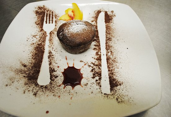 Pella, Italien: tortino con cuore di cioccolato caldo