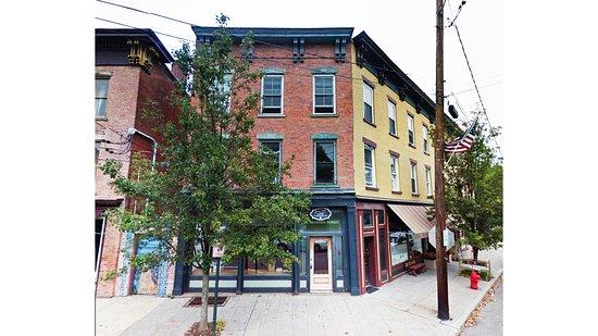 Coxsackie, Nova York: 1 Mansion building (Rooms 3 + 4)