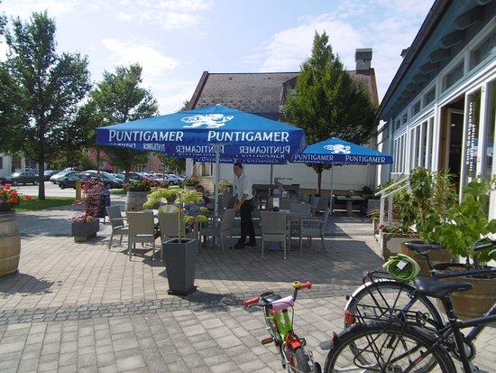 Illmitz, Österrike: Schanigarten