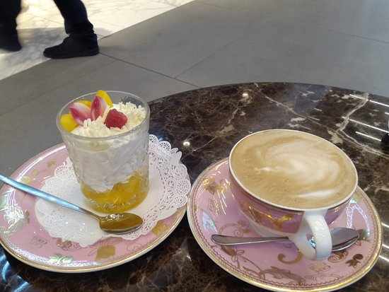 cafe coco cappuccino and desert