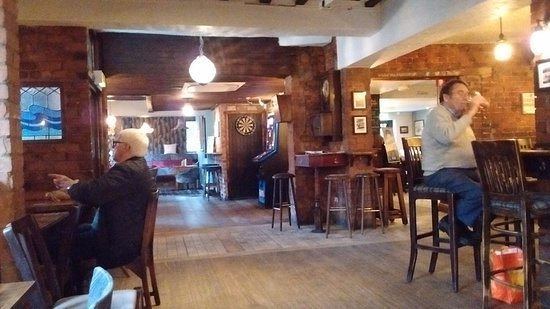 Lytham St Anne's, UK: A quiet pint in the Taps....