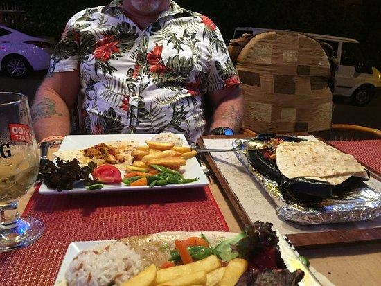 Diana Restaurant: Chicken fajitas