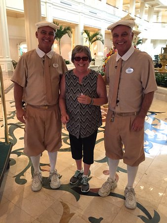 Brett and Brent - Bell Services Twins! - Picture of Disney's