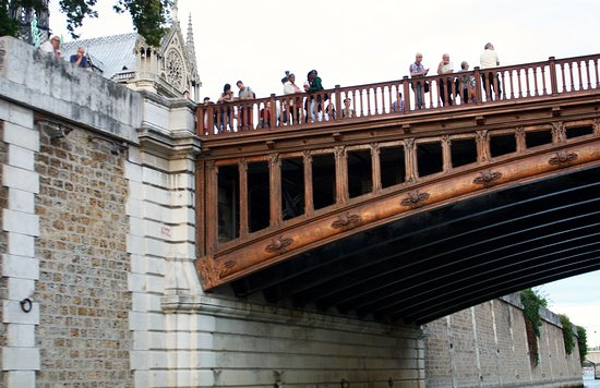 LA SEINE PARIS - Private Tour: Pont sur la seine...