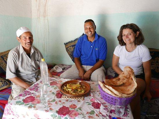 Berber Travel Adventures: Mohamed et Said toujours de bonne humeur !