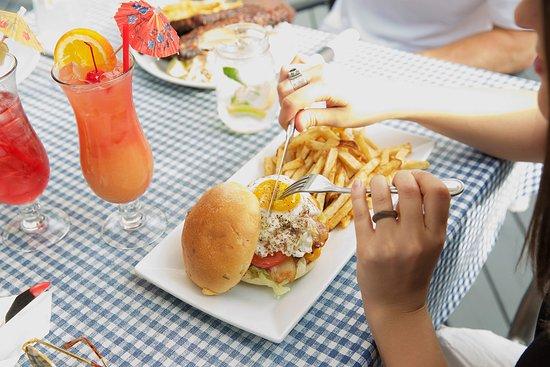 Sicamous, Kanada: Bahama Johns Meal