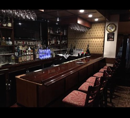 Huntington Station, Nova York: milito's bar