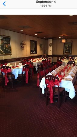 Huntington Station, Nova York: Milito's dining room