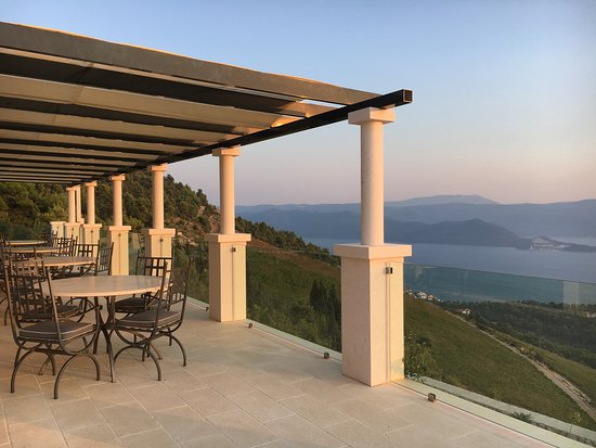 Klek, Kroatië: Amazing view from Rizman Winery