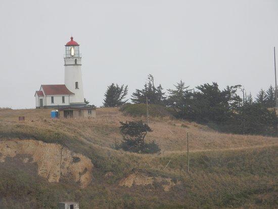 Port Orford, Oregón: Cape Blanco Lighthouse on a wet & windy day!