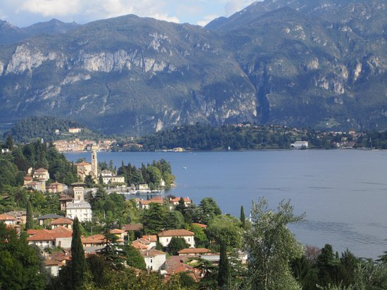 Griante, Italia: Views from trail