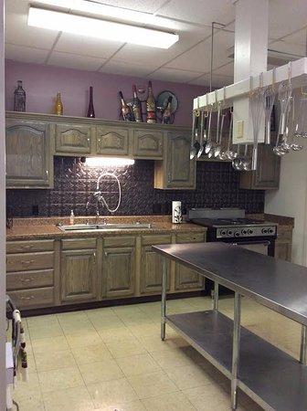 Weslaco, TX: Kitchen was remodeled Summer 2016