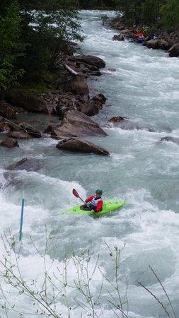Panorama Vacation Retreat at Horsethief Lodge: Toby Creek creeking event