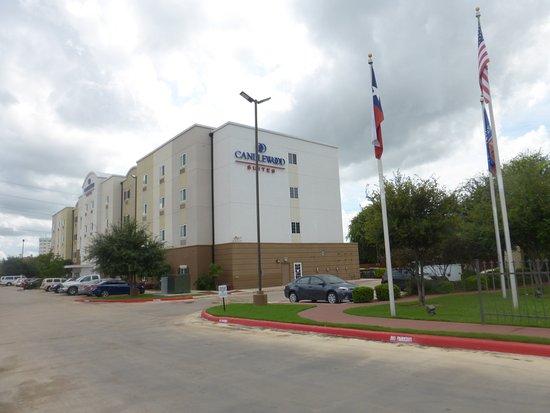 Candlewood Suites San Antonio Downtown Photo