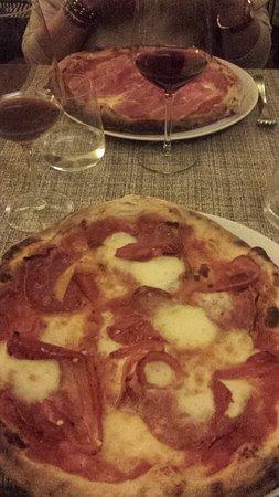 La Bussola: Pizzas