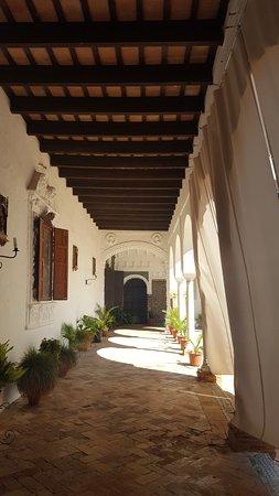 Carmona, Spanien: le patio du couvent