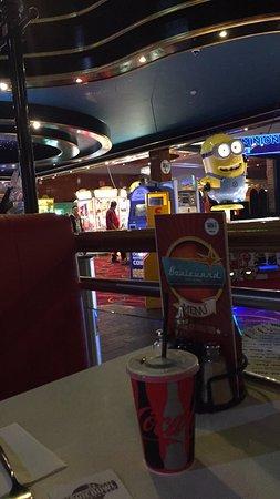 Brunswick Moviebowl: photo6.jpg