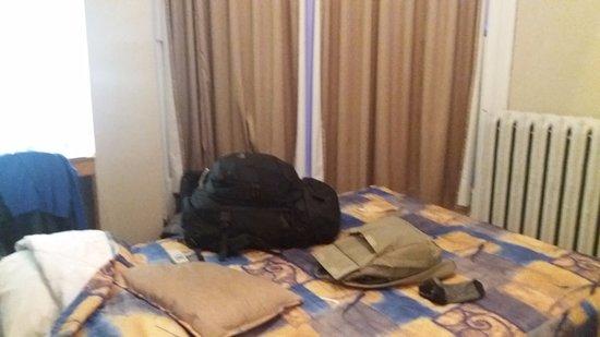 Hotel l'Abri du Voyageur: Quarto do pânico !