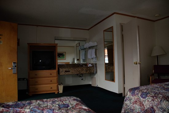 Americas Best Value Inn at Estes Park Photo