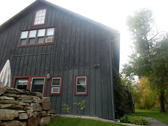 Conroy's B&B: The Barn