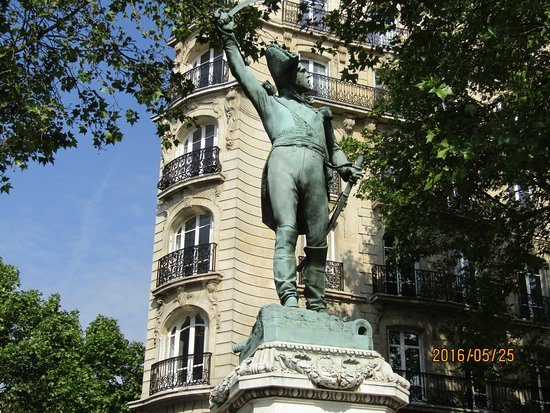 Statue du Maréchal Ney