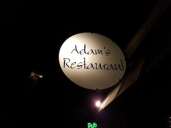 Willits, Kaliforniya: Adam's sign