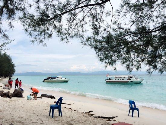Kota Kinabalu District, Malasia: 만타니아 섬 풍경