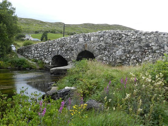 Oughterard, Irlanda: Quiet Man Bridge