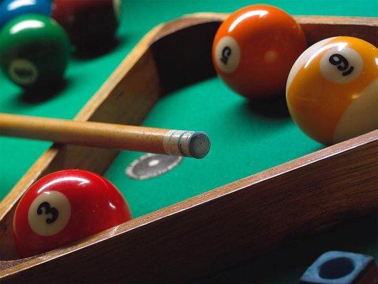 Yucaipa, CA: Pool Tables