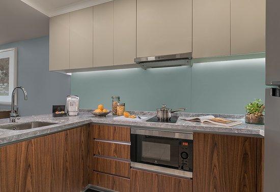 1 Bedroom Premier - Kitchen - Picture of Ascott Makati, Makati ...