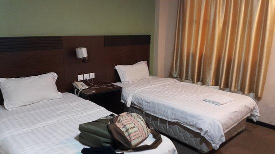 Keningau, Malaisie : Twin bed