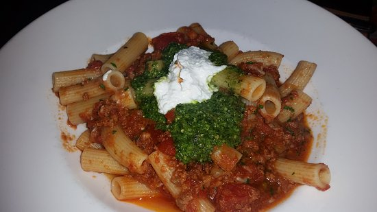 Glastonbury, CT: An Italian dining experience at Max Amore.
