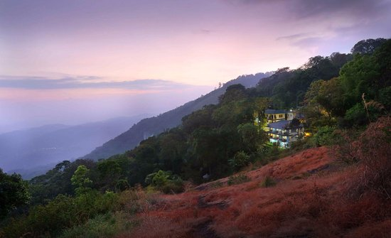 Eagle Mountain Hotel Munnar