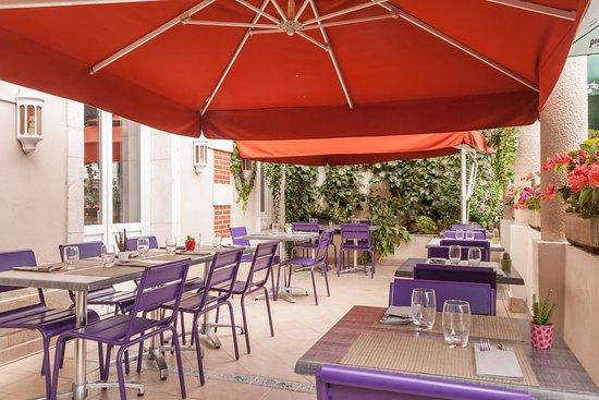 Hôtel de France Le Tast'Vin : terrasse restaurant
