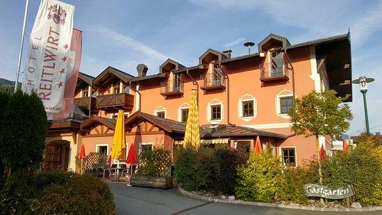Brixen im Thale, Austria: Hotel Westseite
